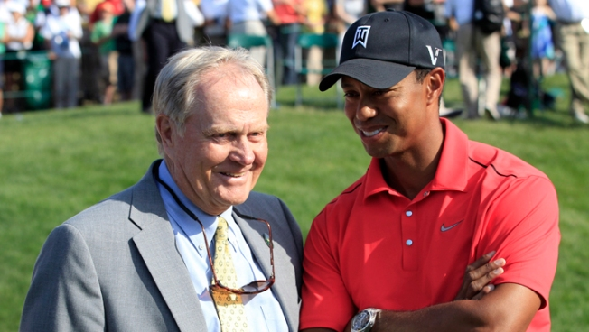 Tiger Rallies to Win the Memorial