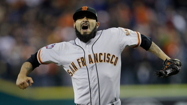 Giants Beat Tigers 2-0 for 3-0 World Series Lead