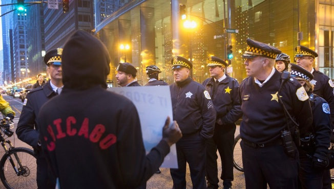 Chicago Protest Against Cop-Involved Shooting Blocks Traffic