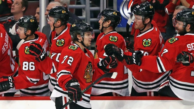 Panarin Scores Twice as Blackhawks Win Fifth Straight Game