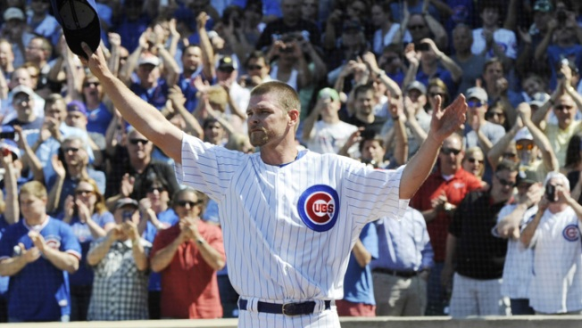 Former Cubs Pitcher Finds Body in Harbor