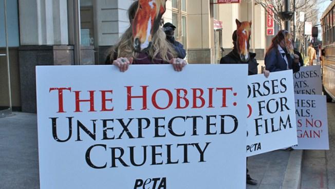 """Chicago """"Hobbit"""" Fans Met By PETA Protestors"""