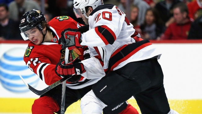Devils Defeat Blackhawks, 3-2