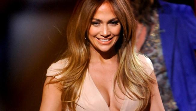 Jennifer Lopez Announces 20-City Tour