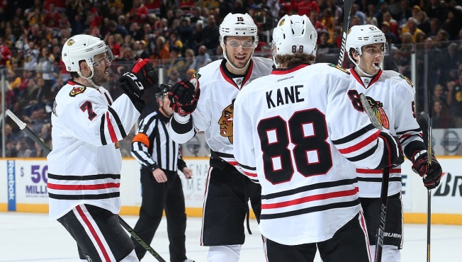 Blackhawks Look to Win 12th Straight as They Tangle With Predators