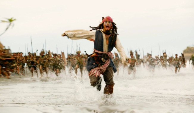 Dressed Like Jack Sparrow, Johnny Depp Surprises British School Girl