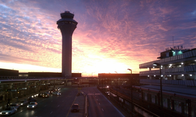 Report: O'Hare On-Time Arrivals Improve, Departures Dip