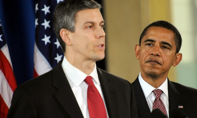 Arne Duncan:  Mayors Should Run Schools
