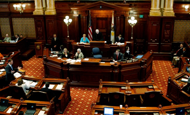 Illinois Senate Approves Plan to Spend $5B in Federal Funds