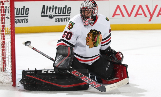 Corey Crawford Sets New Blackhawks Record in Victory
