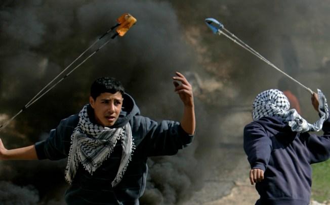 Israel, Hamas Defy UN Call for Cease-Fire