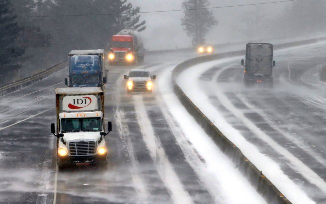 Winter Weather Wallops Northwest While Icy Cold Freezes Plains, Midwest