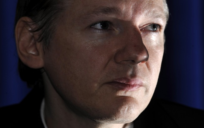 Assange's Hiding Place: U.K. Club for Journalists