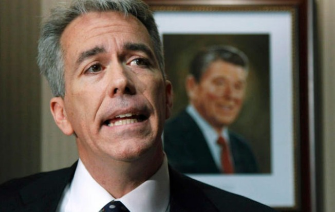Former Illinois Rep. Joe Walsh Under Fire for 'Watch Out Obama' Tweet After Dallas Shootings