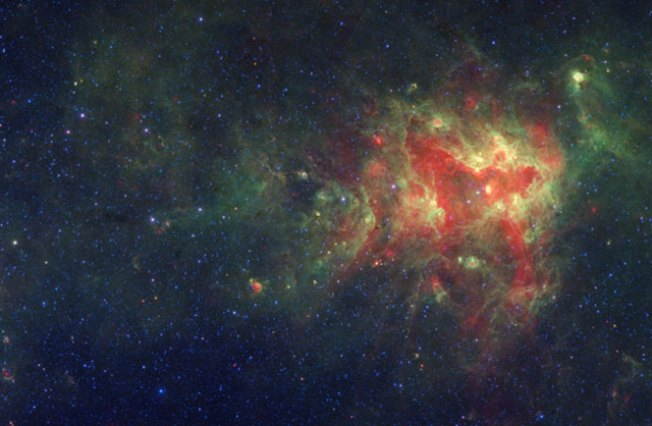 Adler Releases World's Largest Milky Way Image
