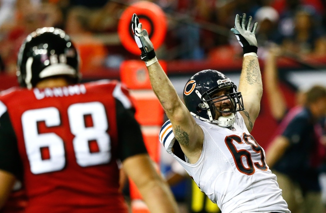 Allen, Young Stand Tall as Bears' Defensive Line Keys Win