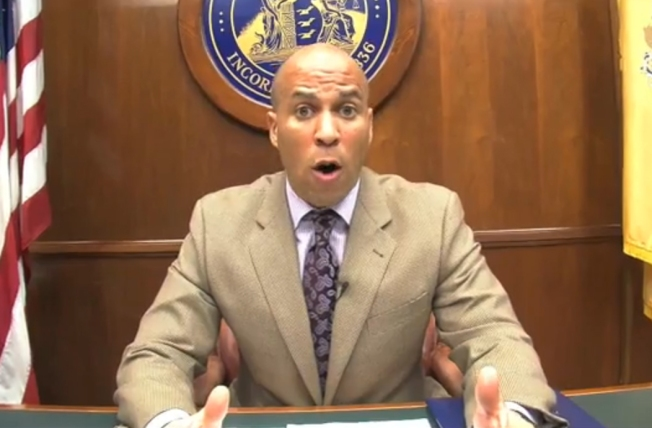 Newark Mayor Cory Booker Bans Conan O'Brien from Airport