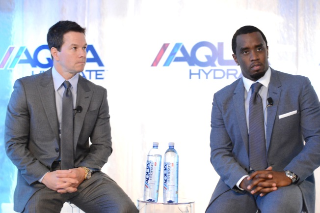 Sean 'Diddy' Combs, Mark Wahlberg Donate 1 Million Bottles of Water to Flint