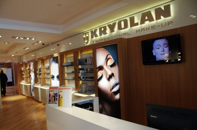 Kryolan Makeup Emporium Opens in Chicago