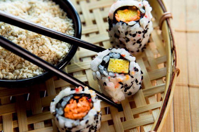 Get Schooled in Sushi