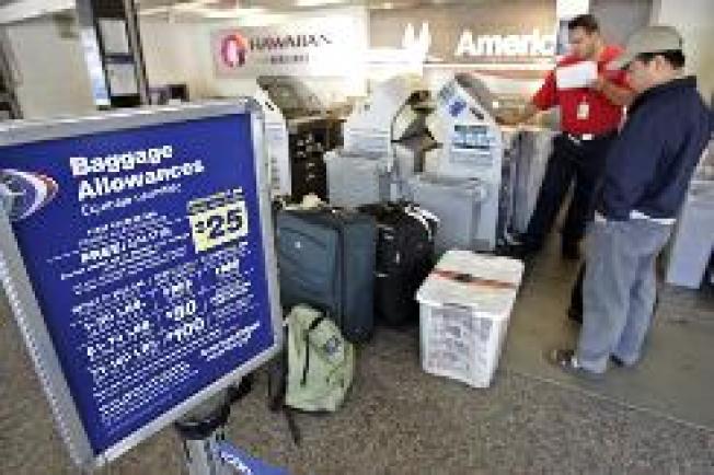Congressman Wants Luggage Laws