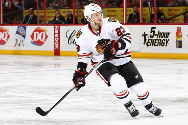 Blackhawks Look to Keep Rolling Against Jets Tuesday