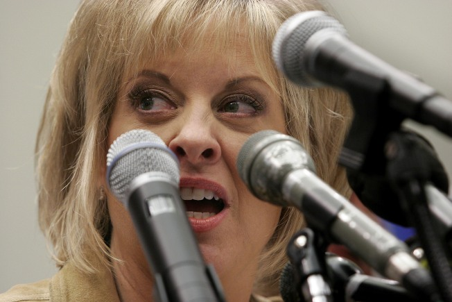 TV's Nancy Grace Settles Suit with Suicide Mom