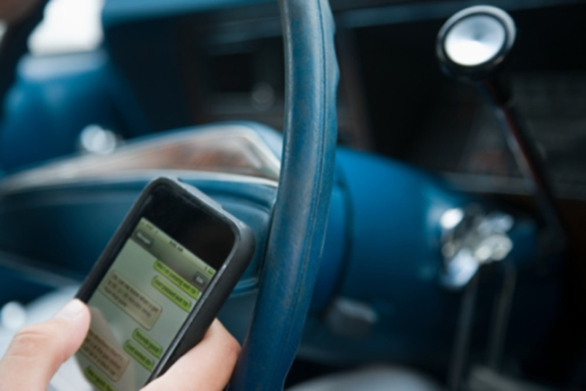 Illinois Cops Write 7,800 Texting Tickets