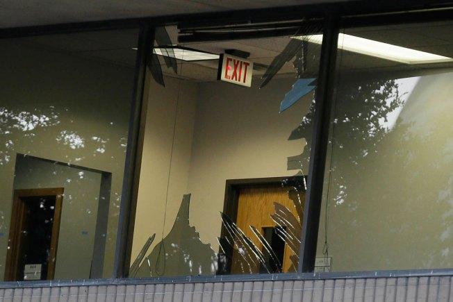 NBC 5 Investigates: El Centro Police Chief Describes Gun Battle Inside College