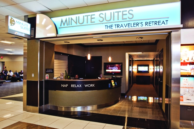 """Minute Suites"" Bound for O'Hare Airport"
