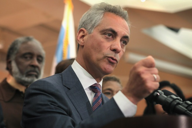 Emanuel Calls for 1,000 Residents to Mentor Chicago's At-Risk Youth