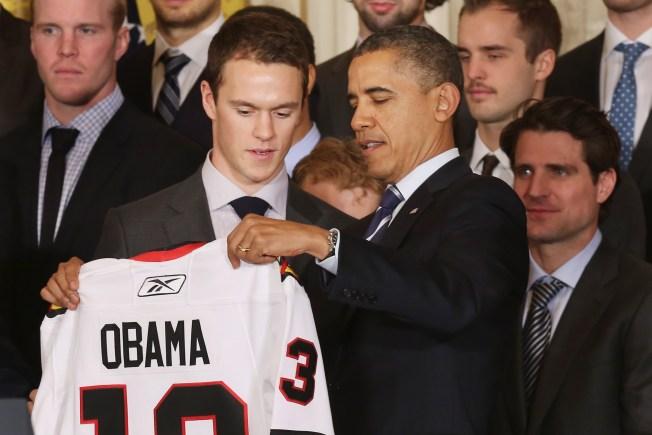 President Obama Makes Phone Call to Chicago Blackhawks