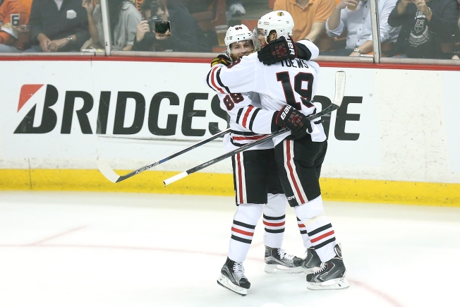 Quenneville Splits Up Kane, Toews Ahead of Game 3