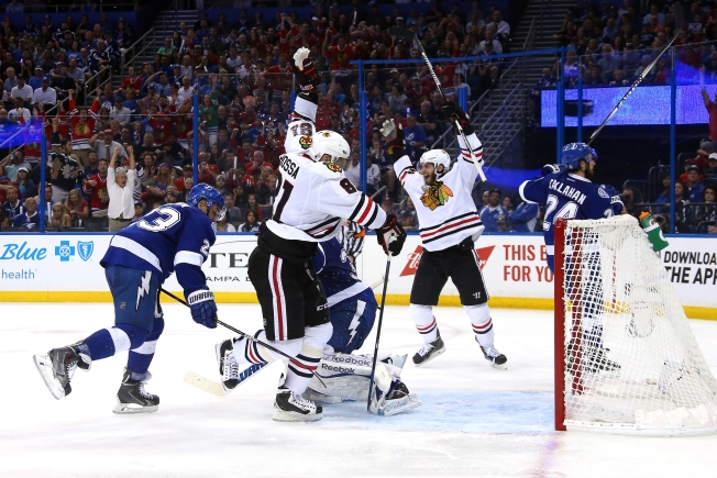 Blackhawks Average Ticket Price Exceeds $1,000 for Game 3