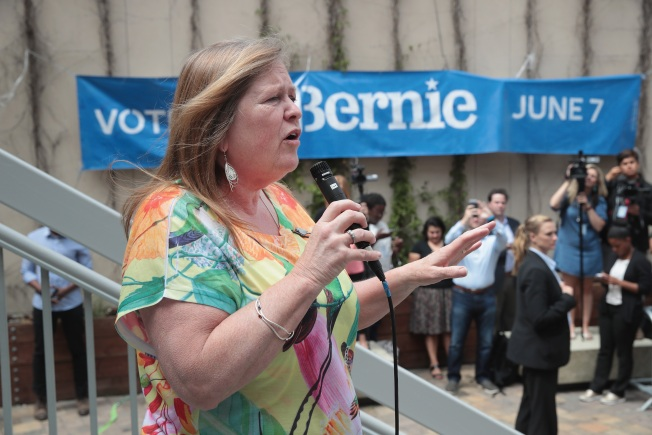 Spokesman: No Charges for Bernie Sanders' Wife in Land Deal