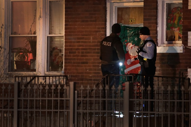 5 Killed, 41 Wounded in New Year's Weekend Shootings Across Chicago