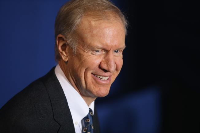 "Gov. Rauner Says He's ""Staying Out"" of Chicago Mayor's Race"