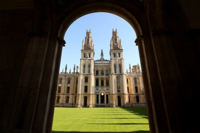 2 Chicago-Area Natives Named Rhodes Scholars