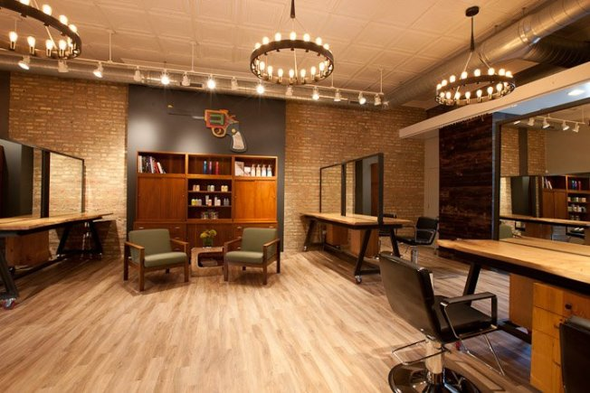Rustic-Inspired Salon Hits West Town