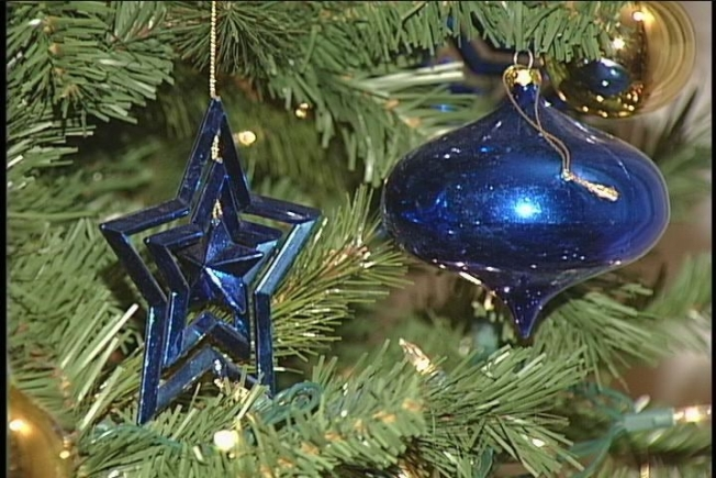 dont throw away your christmas tree - Chicago Christmas Tree Recycling