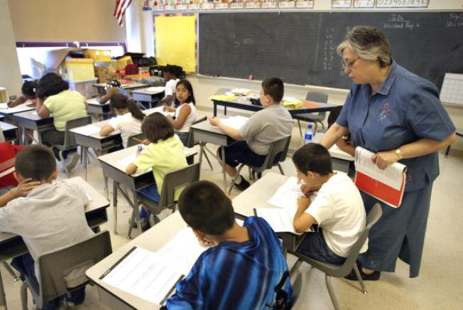 CPS Teachers Union, Board at Raise Impasse