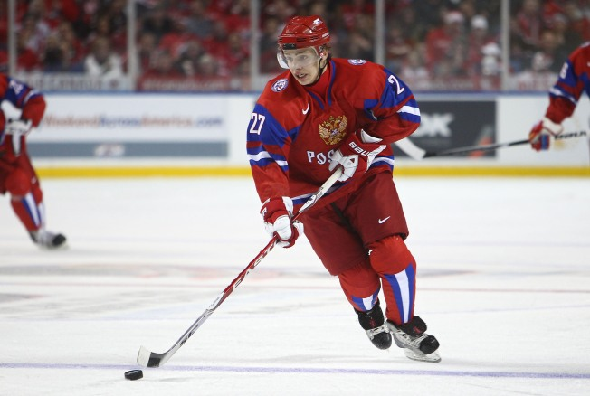 Blackhawks Sign Russian Standout Artem Panarin