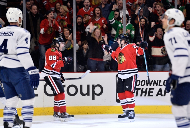 Kane Leads Blackhawks to Shutout Win Over Toronto