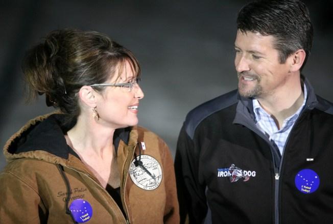"Palin Calls Divorce Report ""Made Up"""