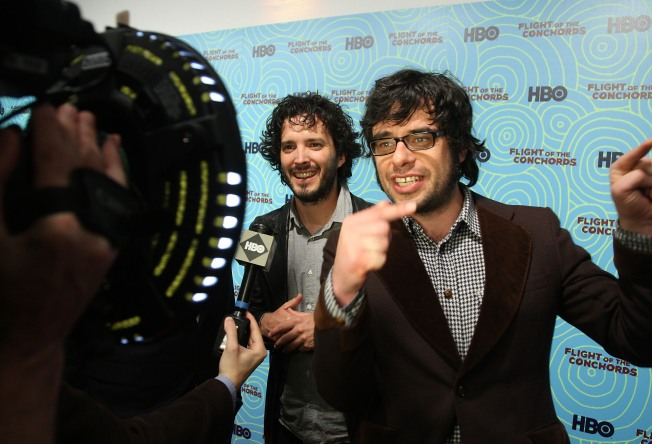 Flight of the Conchords Flying Into Chicago