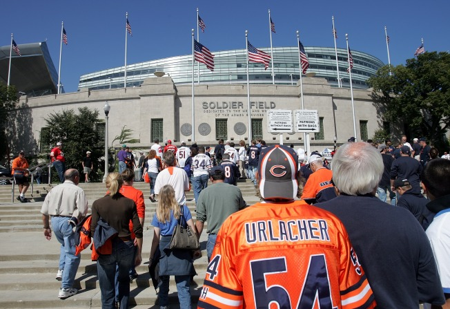 Bears & Broncos Tailgating