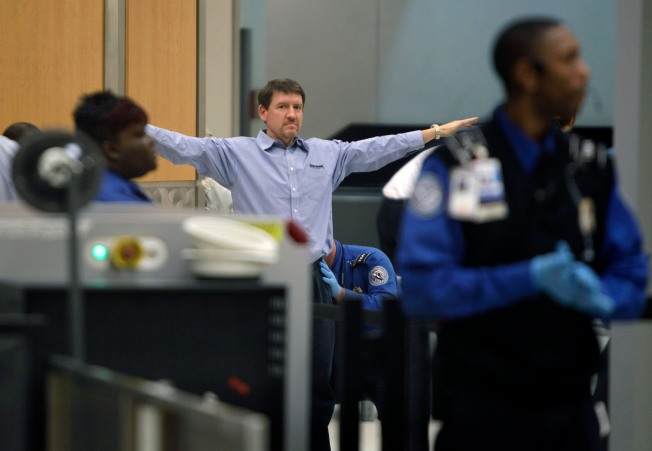 Fed-up Fliers Protest Airport Security Measures