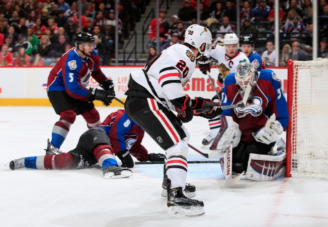 Kane's Three Assists Lead Blackhawks Over Avalanche