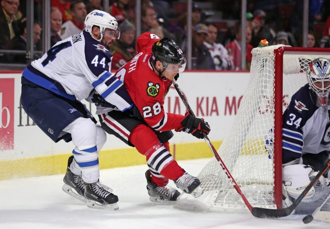 Jets Ground Blackhawks 1-0 Sunday Night