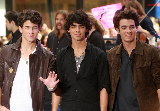 JoBros, Demi Lovato Announce World Tour